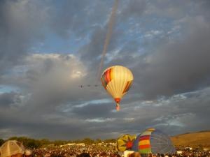planes & balloon